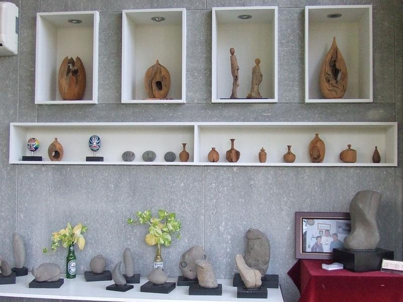園長收藏的奇木奇石